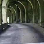 慕谷慕魚 九曲トンネル(回廊)