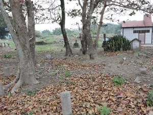吉安卿日本人墓地